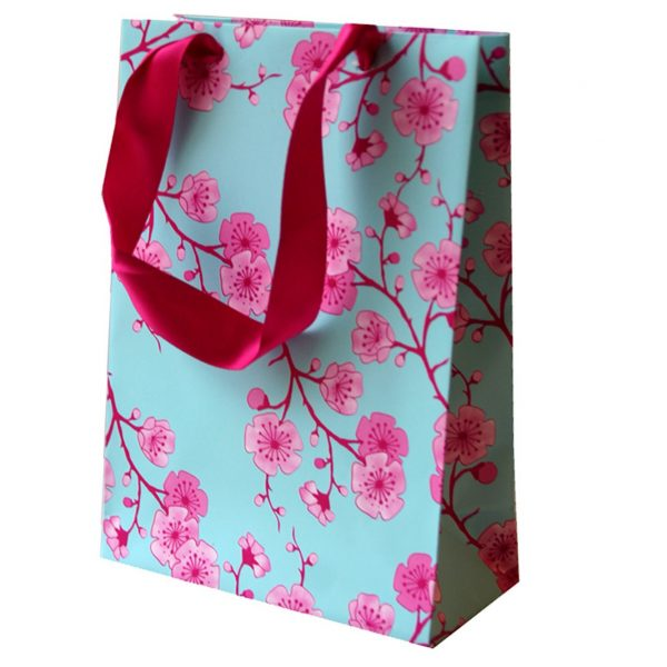 beatiful flower paper gift bag